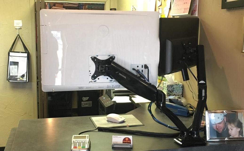 Tablets and Computers for Auto Repair Shops